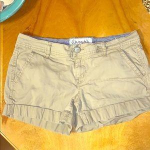 Aeropostale size 6 midi twill shorts